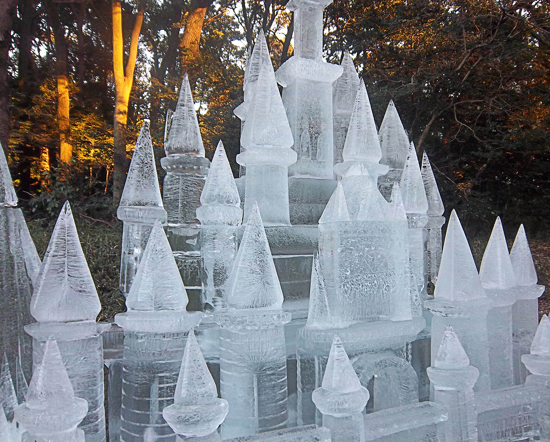 Ice sculpt cropped castles